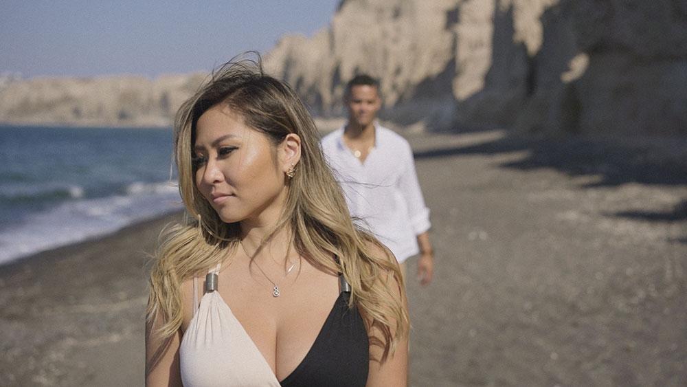 santorini vlichada beach eros couple chots engagement wedding photo film